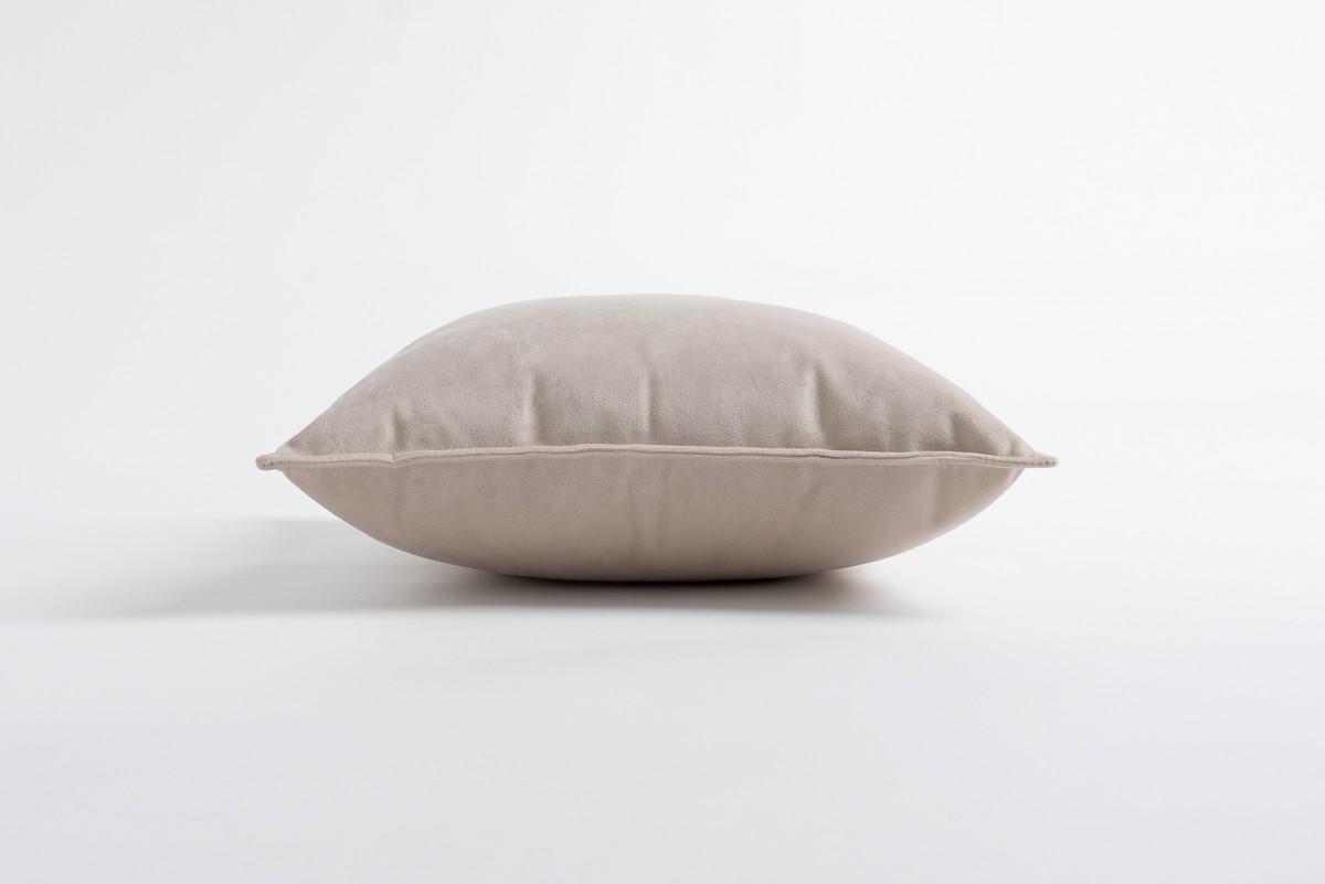 Cream 45 x 45 cm