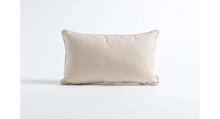 Cream 50 x 30 cm
